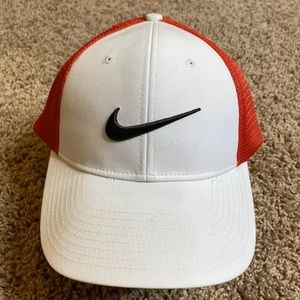 Nike Golf Hat Mens OSFM White Red Mesh Cap